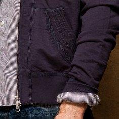 redcanoe-hoodie-pocket