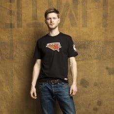 lockeheed-black-tshirt-2