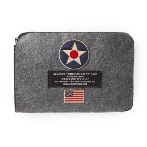us-roundel-felt-laptop3