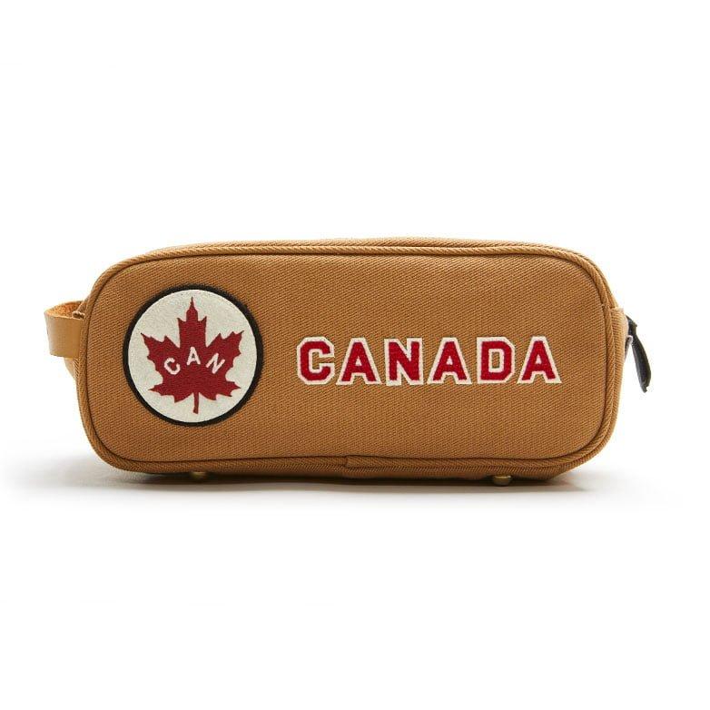 Canada-Dopp-kit-tn